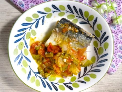 BRAISED MACKEREL IN TOMATO SAUCE WITH BITTER MELON