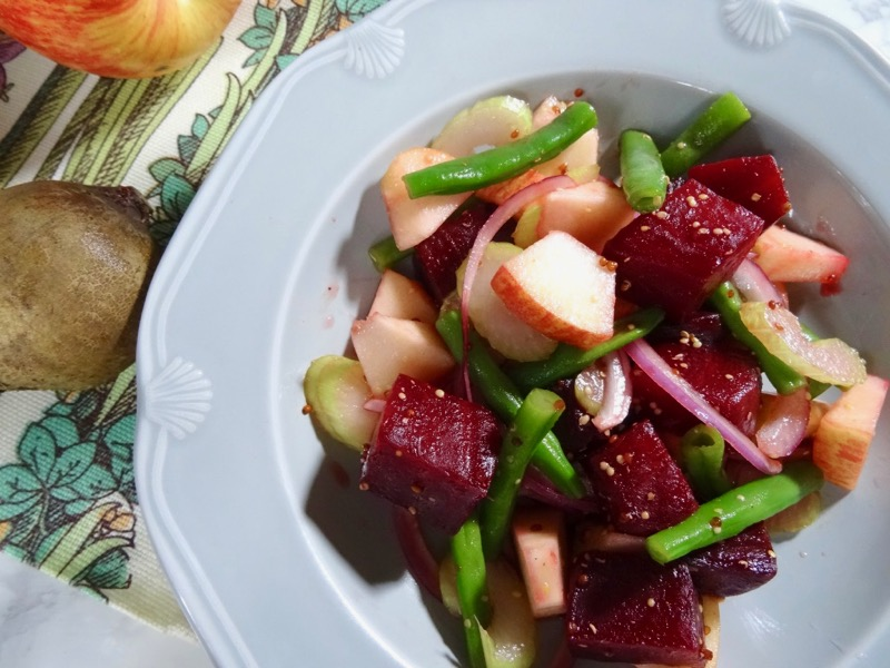 Rosted beetroot and apple salad
