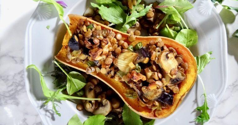 洋と和の融合 ほんのり味噌風味のバターナッツかぼちゃのレンズ豆詰め