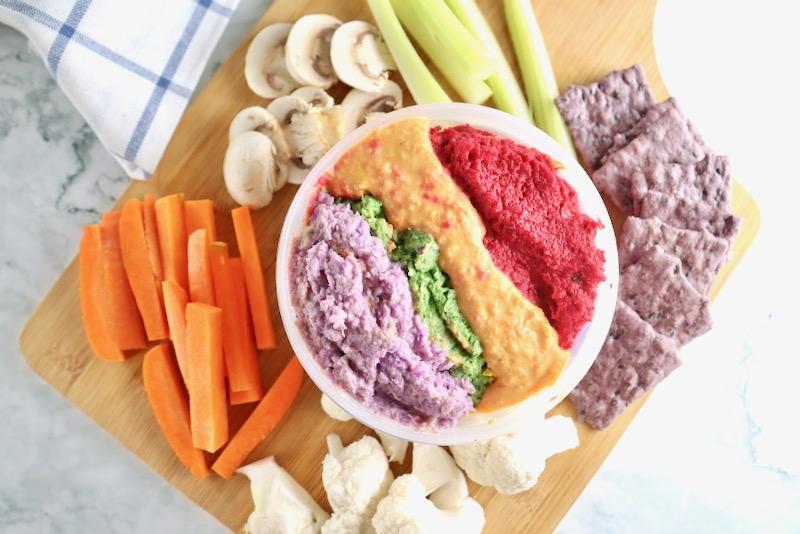 ひよこ豆と野菜の虹色フムスディップ